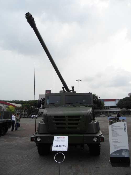 CAESAR 6x6 di Indo Defence 2012.