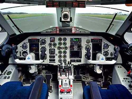 SkyTruckCocKpit-0404-1A