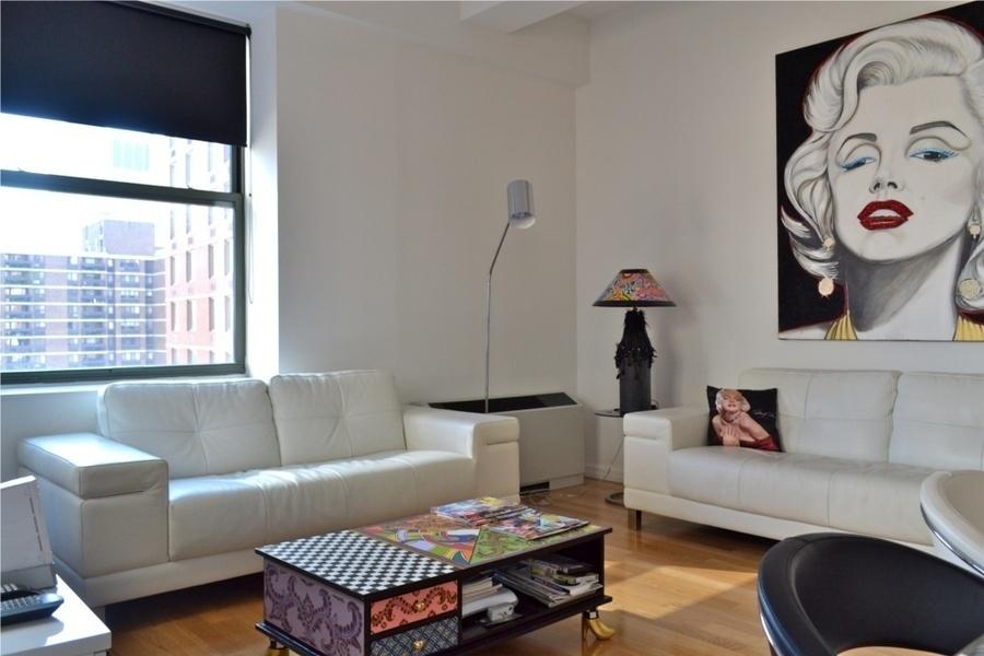 Casa a new york una camera in affitto cerca inquilini for Casa a new york affitto