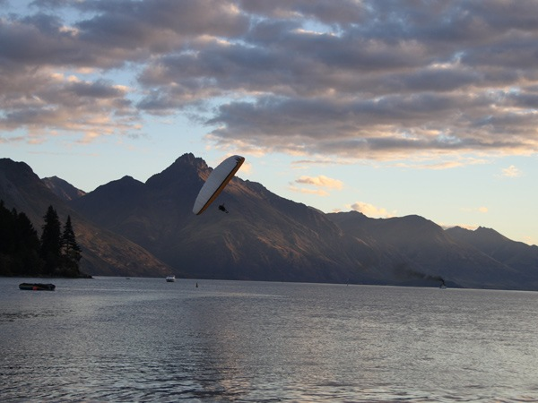Learn to Paraglide in Queenstown with Infinity 4