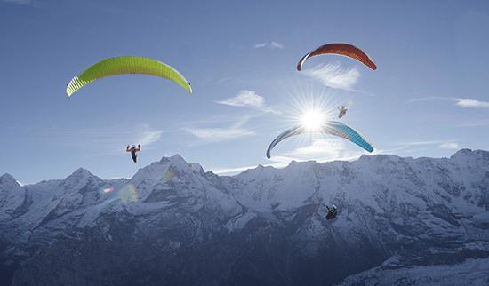 Iota-WEB_0003_Iota---Infinity-Paragliding-6