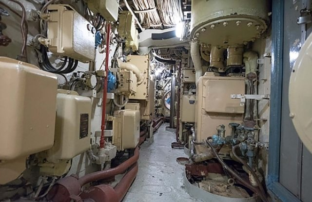 El interior de un submarino