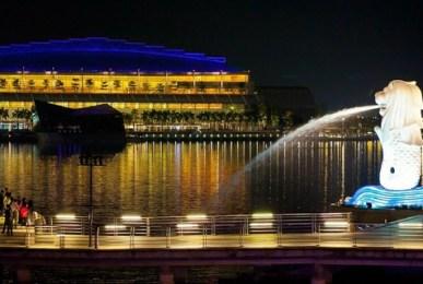 東南亞電商系列報導:新加坡---為何不可忽視新加坡電商?他們超級愛買,支付系統更是東南亞最健全 市場調查   東南亞電商   行動電商   跨境電商   電子商務   網路行銷 SmartM/曾宜婷 2015-08-18