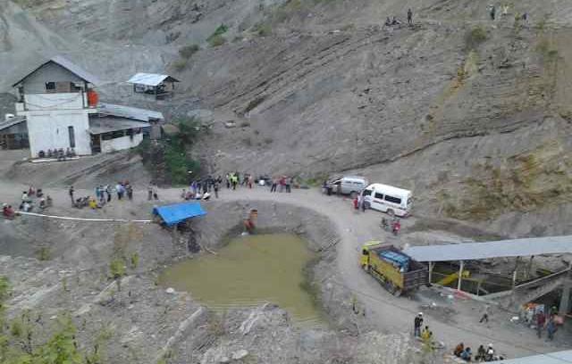 Lokasi tambang batu bara yang runtuh di Ombilin, Kota Sawahlunto (Foto: Deden/Kaba Padang)