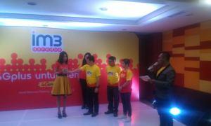 Peluncuran layanan internet super cepat berbasis 4G dari Indosat untuk wilayah kota Padang.
