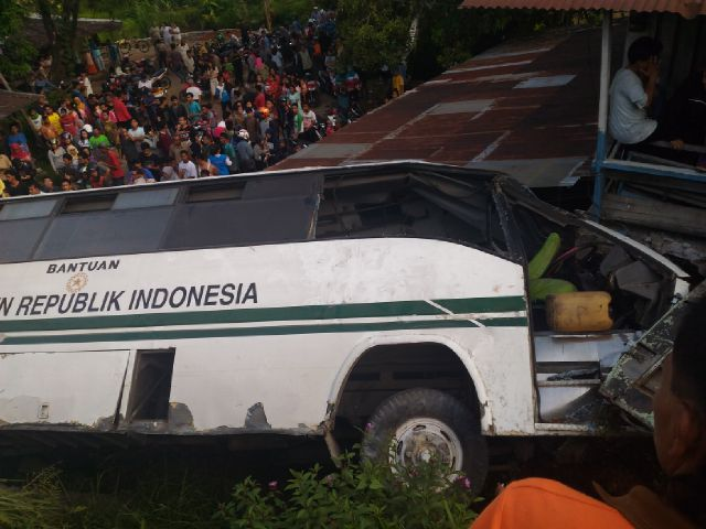 Kecelakaan Bus Unand