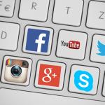 Social Media por kropekk_pl, disponible con licencia CC0 Public Domain en http://j.mp/1vkZEVI