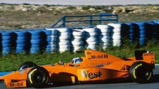 hakkinen-mclaren-test-jerez-1997-orange