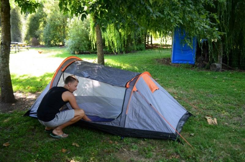 Vi investerede i telt, soveposer og liggeunderlag, da vi 15 måneder inde i vores første rejse ramte New Zealand.