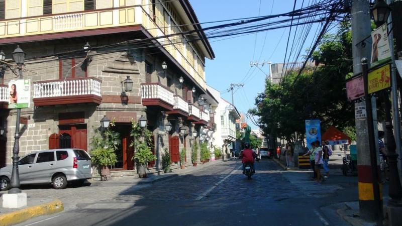 På tur i Manilas gamle bydel.