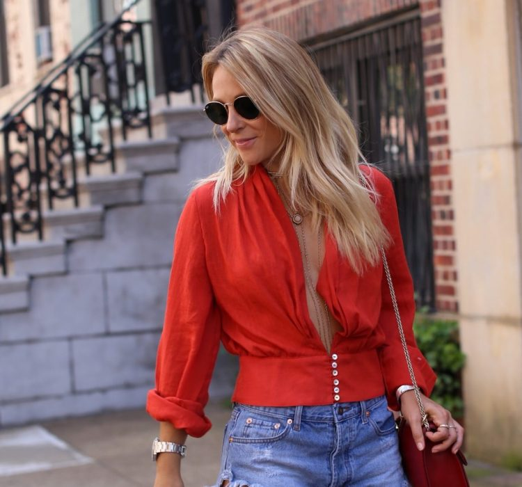 Fashion Blogger | Ny Street Style | Red low cut shirt