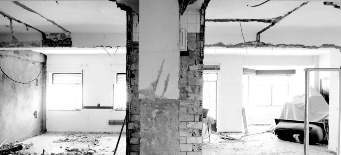 Para nuestra familia cuanto cuesta un arquitecto para for Cuanto cuesta derribar una casa