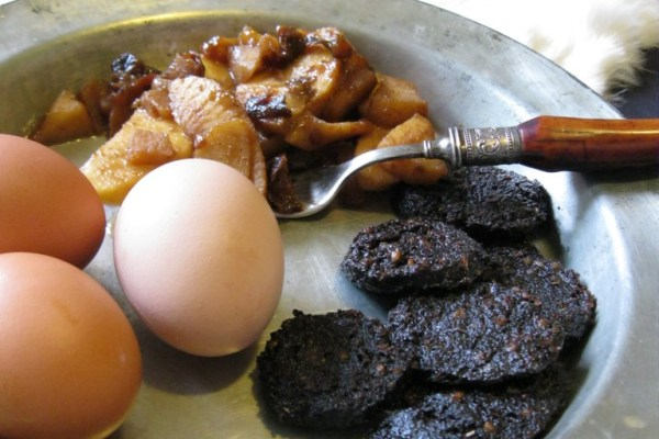 Medieval Breakfast with black pudding