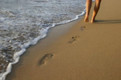 footprints-in-the-sand-1-1540514