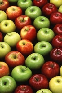 An Apple a Day Lowers Level of Blood Chemical Linked to Hardening of the Arteries