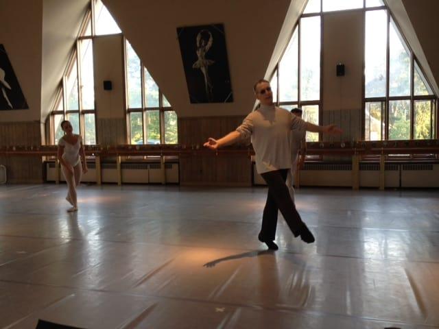 Ken Ludden teaching ballet