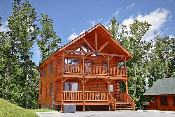 A photo of the exterior of one of the best Gatlinburg cabins.