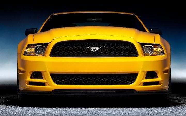 yellow-mustang-car-show