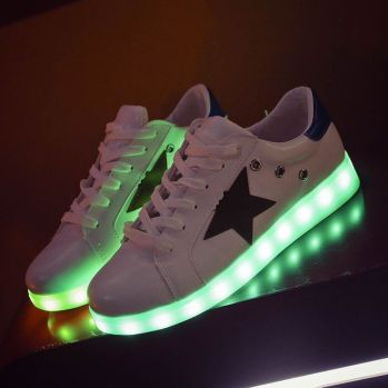 star-light-up-shoes-0