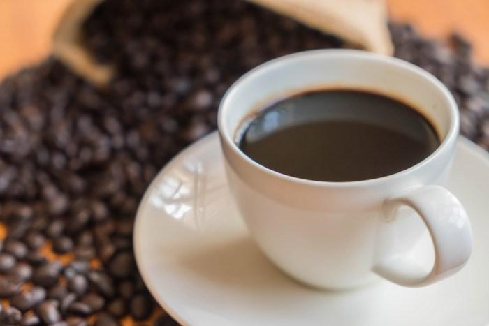 170221-coffee-drinking-1