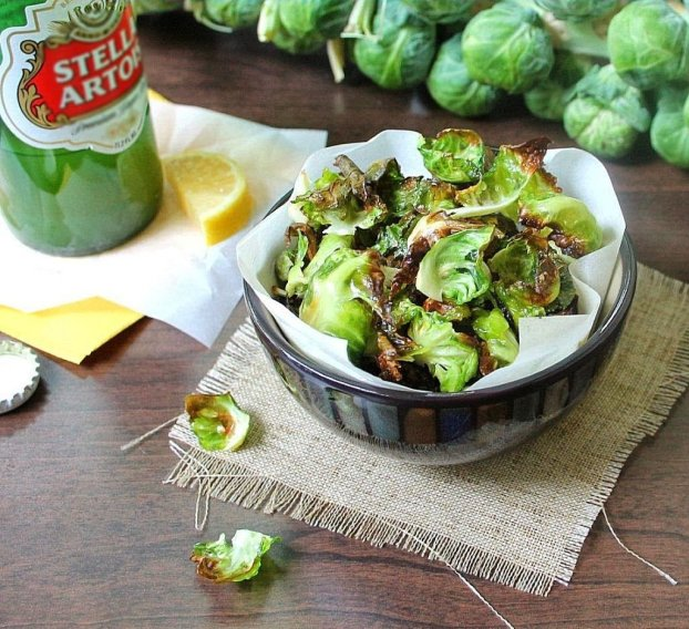 brussels sprouts chips_blog