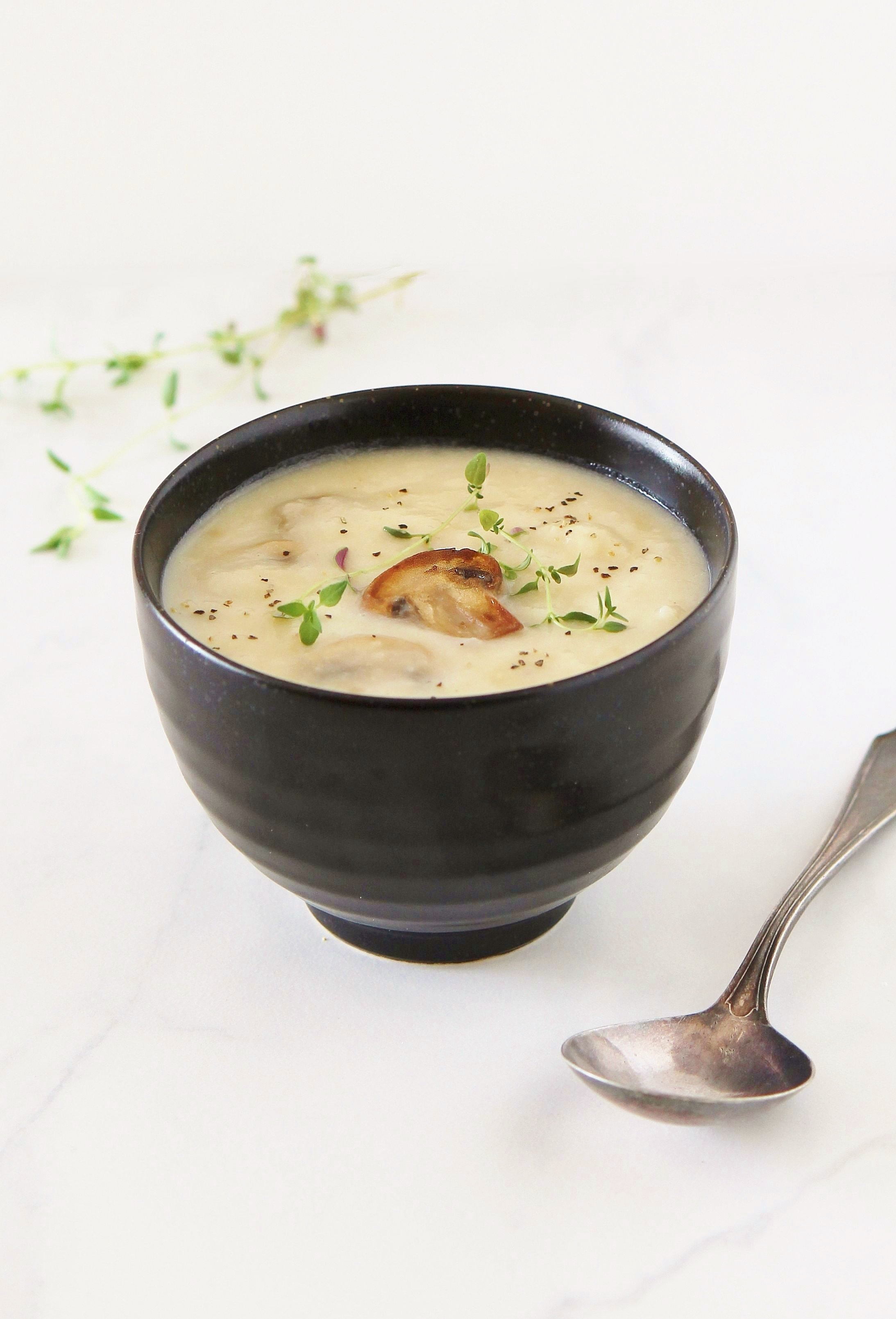 roasted garlic and creamy potato soup with seared mushroom_lighten