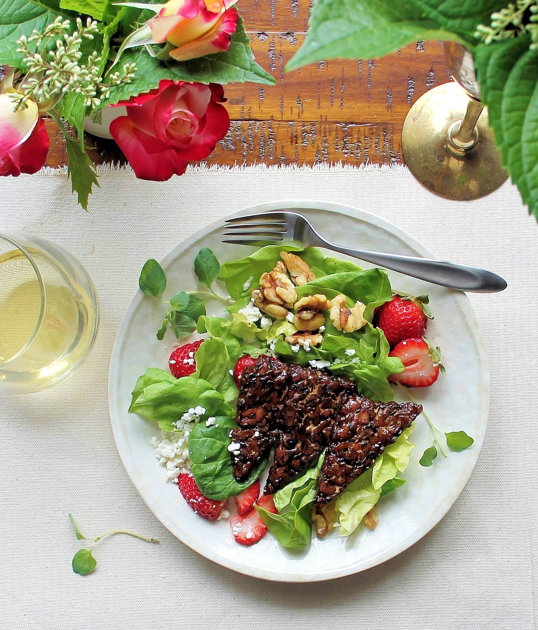 roasted maple glazed balsamic tempeh salad with strawberries