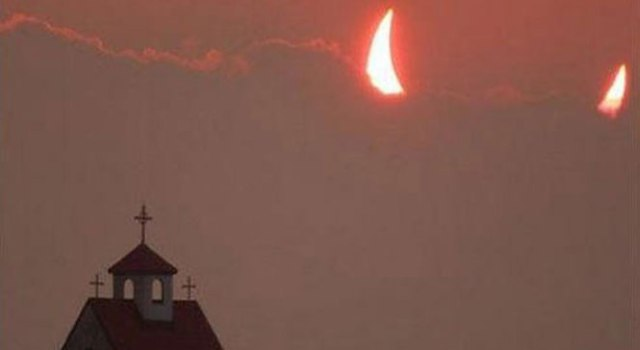 eclipse-devil-horns-church-perfect-timing.jpg