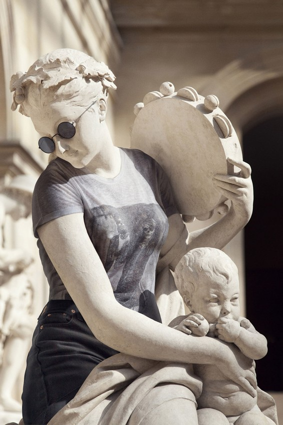 classical-sculptures-hipsters-7.jpg