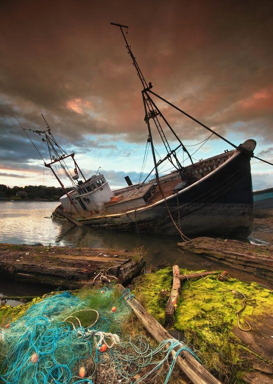 abandoned_ships_at_sea (15)