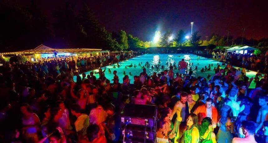 9.06.18 Pool Dancing @ Harbour Club