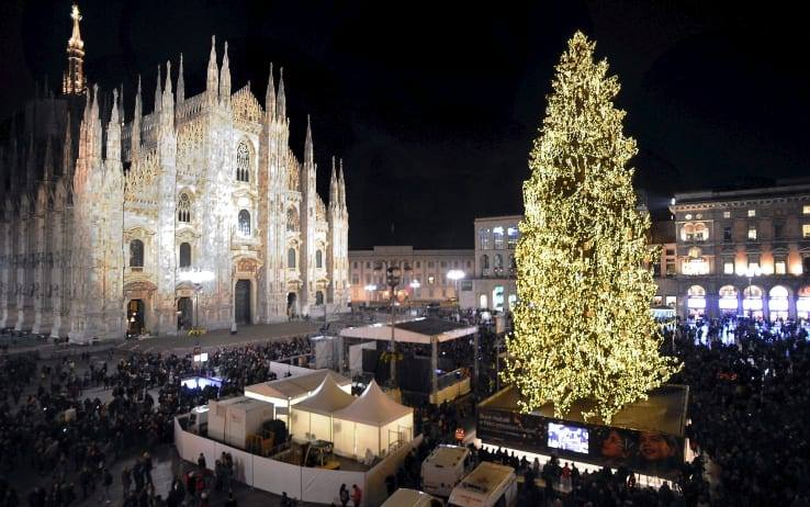 05.12 | Accensione Albero di Natale – Cocktail Party con Vista Duomo