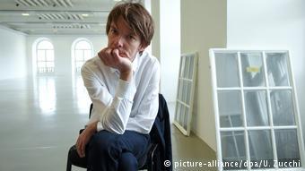 Ο καλλιτεχνικός διευθυντής της documenta 14 Άνταμ Σίμτσικ