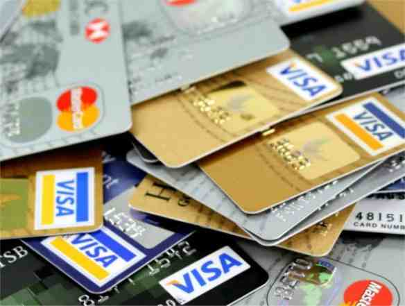 household debt, Canadian household debt, how to pay off debt, debt, mortgage debt, interest rates, financial danger zone, credit card, credit card spending, Moneris Solutions, Equifax, auto loans, seniors, trustee, lifestyle, Canadian debt, Canadian economy