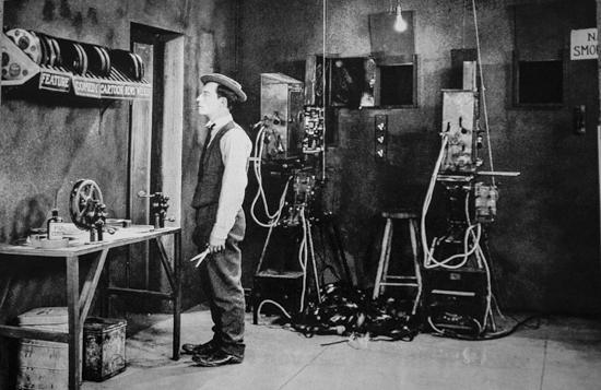 So ging Kino zu Omas Zeiten: Buster Keaton als Filmvorführer