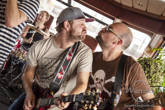Bazzookas Boat Trip - Concert on Reeperbahn Festival 2015