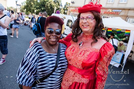 100 Prozent Mensch – CSD Parade und Stadtfest Magdeburg, Regenbogen –  Foto Wenzel-Oschington.de