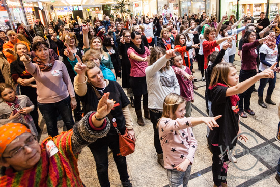 One Billion Rising - Allee Center Magdeburg –  Foto Wenzel-Oschington.de