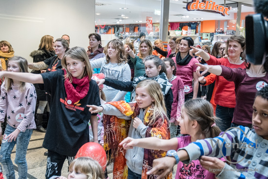 One Billion, Rising, Allee Center, Magdeburg –  Foto Wenzel-Oschington.de