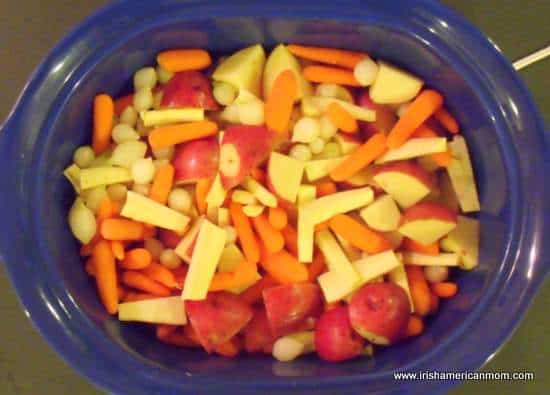 Stew vegetables in crock pot