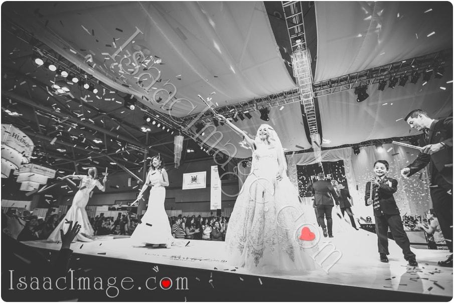 _IIX2435_canadas bridal show isaacimage.jpg