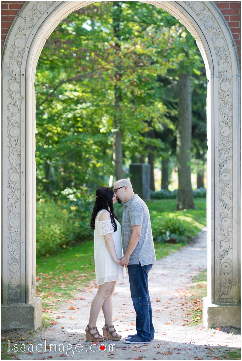 Guildwood Park Engagement Mike and Marina_3996.jpg