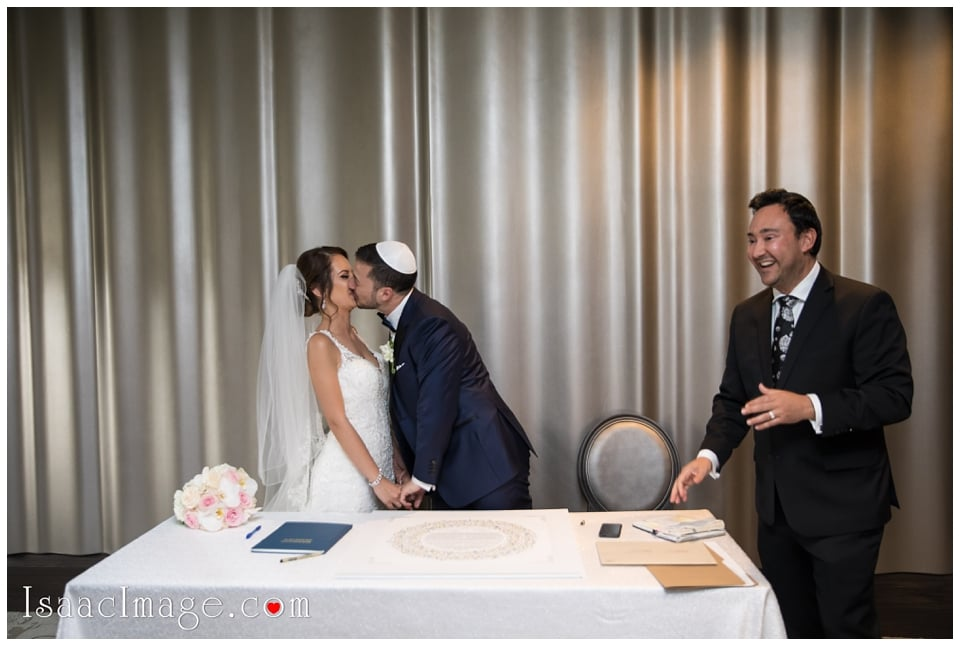 Chateau Le Parc Event Centre Wedding Elena and Dani_4715.jpg