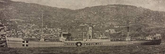 Στην φωτογραφία απεικονίζεται το φορτηγό πλοίο «Νηρεύς», το οποίο είχε ναυλωθεί από την κυβέρνηση της Ελβετίας ήδη από τις αρχές του Δευτέρου Παγκοσμίου Πολέμου και μετέφερε εμπορεύματα για λογαριασμό της τελευταίας. Το «Νηρεύς» φέρει επί των πλευρών του τόσο την ελβετική όσο και την ελληνική σημαία. [Ναυτικά Χρονικά, αρ. 244, 1 Αυγούστου 1945]