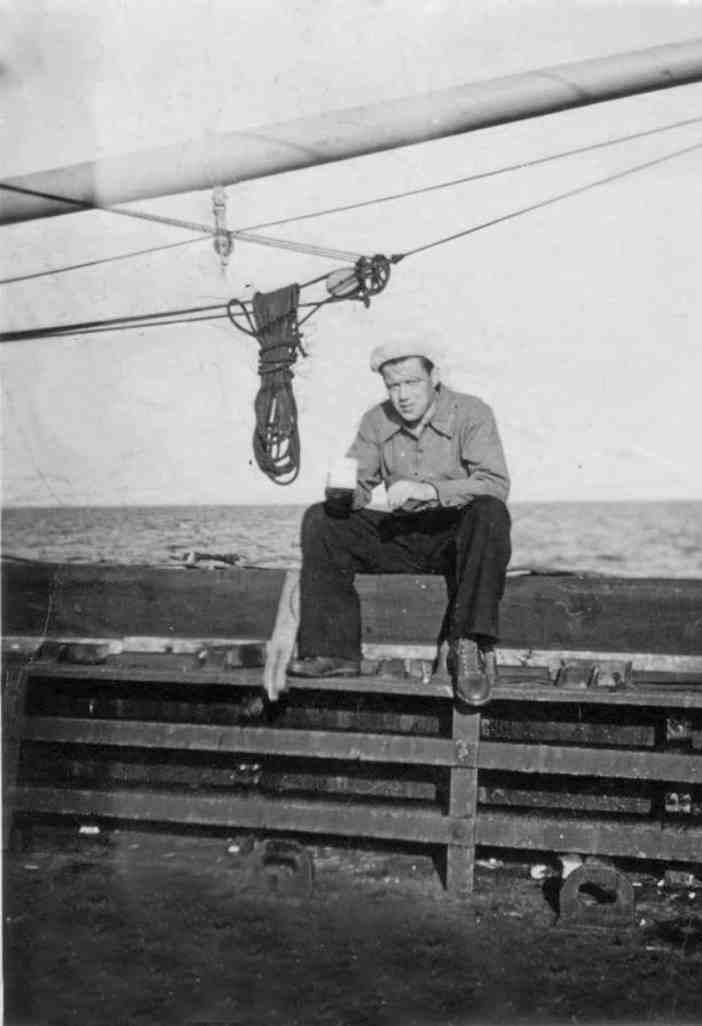 Ο Γεώργιος Σιμάτος στο κουβουσι του Λίμπερτυ «Margaret Fuller»