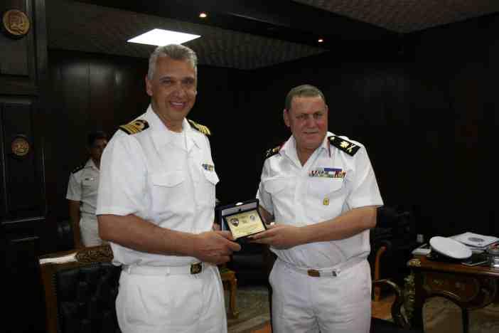 Επίσκεψη Κυβερνήτου στο Διοικητή της Ναυτικής Βάσης Αλεξάνδρειας Rear Admiral Ehab Sobhy