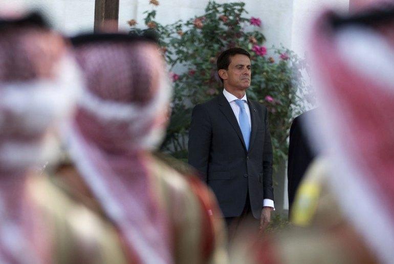 Comment-Manuel-Valls-et-son-entourage-justifient-ses-deplacements-presidentiels-en-Egypte-et-en-Arabie-saoudite