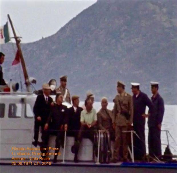 Una parte del gruppo di soggiornanti sulla barca.