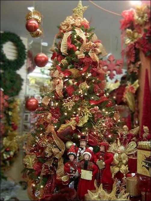 Start-Topped-Christmas-Tree