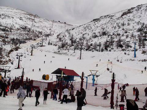 Skiing in israel
